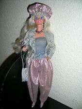 jolie Barbie blonde ancienne collection Mattel