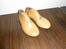 alte Kinder Schusterleisten / Schuhleisten 1 Paar Größe 26  ca.17cm lang Behrens