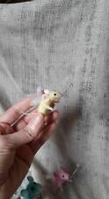 Aguja de fieltro Limón Gota de hadas ooak Ratón de juguete hecho a mano Niño Casa De Muñecas