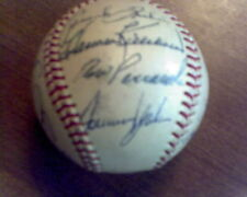 1967 Autographed Baseball Twins/White Sox LOOK!! Killebrew, Carew and more!
