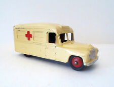 DINKY Die Cast Metal Toy Soldier DAIMLER AMBULANCE Meccano