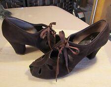 """Reduced Antique Vtg 1930's-1940's Women's Sz 6M Suede Laceup Shoes, 2.5"""" Heels"""