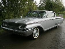 A BEAUTIFUL FULLY RESTORED  AND VERY RARE 1960 MERCURY PARKLANE, A WONDERFUL CAR