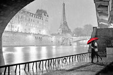 Paris - Eiffel Tower Kiss Poster Print, 36x24