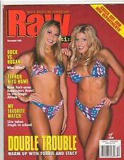 WWF Raw female wrestling magazine/Divas STACY KEIBLER & TORRIE WILSON 12-01