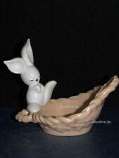 +#A015980_03 Goebel Archivmuster, 34-846, weißer Hase auf Schale, TMK6