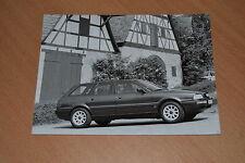 PHOTO DE PRESSE ( PRESS PHOTO ) Audi 80 Avant de 1994 AU370