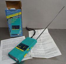 Travel Mate Radio - Reiseradio FM/AM mit Taschenlampe Transistor Radio ~1975
