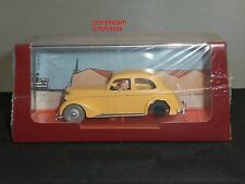TINTIN BOOK COMIC CRAB WITH GOLDEN CLAWS DIECAST MODEL YELLOW CAR + FIGURE