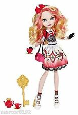 Ever after high Hat-Tastic Party Apple White Doll Daughter of Snow White New