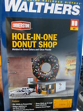 Walthers Cornerstone HO #3768 Hole-In-One Donut Shop -- Kit - 5-1/8 x 2-1/2 x 5-