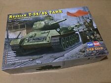 Hobbyboss 1/48 84809 Russian T34/85 Tank (Model 1944 Angle-Jointed Turret)