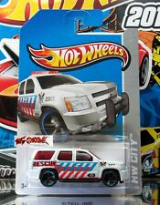 Hot Wheels 2013 #13 '07 Chevy® Tahoe™ WHITE,BLUE CHROME RIMS,BLACK MC5,2ND COLOR