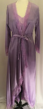 GILLIGAN OMALLEY LILIAC NYLON LACE SIZE SMALL HIGH - LOW CUT GOWN AND ROBE