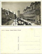 Ferrara - Piazza Trento e Trieste in un giorno di Mercato Fiera - Molto animata