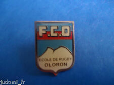 Pin's pin ECOLE DE RUGBY OLORON FCO (ref L25)