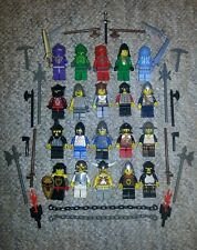 Real LEGO Lot of 20 KNIGHT CASTLE Minifig Figures w/King Specialty Weapon Pieces