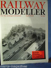 RAILWAY MODELLER APRIL 1968 CASTLE COMBE AIRE VALLEY RHIWFRON STATION CLAYGATE