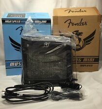 FENDER MUSTANG MINI MODELING ELECTRIC GUITAR AMPLIFIER AMP BATTERY AC NEW in BOX