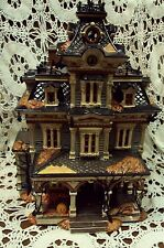 DEPARTMENT 56 Halloween 55004 GRIMSLY MANOR HOUSE  Snow Village / No Light Sound