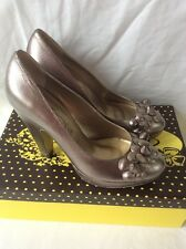 Poetic Licence Bronze Silver Platform Round toe High Heels. Size 4 NEW