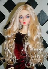 "DOLL Wig, Monique Gold ""Ginger"" Size 8/9 in Light Peach w White Blonde"