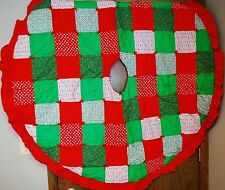 """LARGE VINTAGE QUILTED CHRISTMAS TREE SKIRT - Red Green & White 60"""" ROUND"""