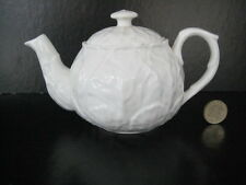 WEDGWOOD COUNTRY WARE COUNTRYWARE  SMALL TEAPOT FOR 1 WHITE BONE CHINA TEA PARTY
