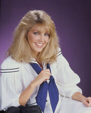 Heather Locklear UNSIGNED photo - H2858 - T.J. Hooker, Dynasty & Spin City