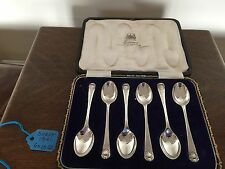 BEAUTIFUL CASED SET OF 6 SOLID SILVER COFFEE SPOONS  (T B & S) SHEFFIELD 1921