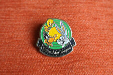 09092 PIN'S PINS WARNER BROS DANONE FESTIVAL CARTOONS LOONEY TUNES BUGS DUFFY TI