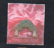 Pins Portada Feria de Abril Sevilla año 2005 (CA-850)