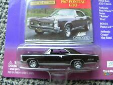 1967 PONTIAC GTO         2000 JOHNNY LIGHTNING CLASSIC GOLD COLLECTION   1:64