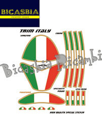 8368 - KIT ADESIVI STICKERS ITALIAN FLAG FOGLIO DA 13,5 X 16 - VESPA - BICASBIA