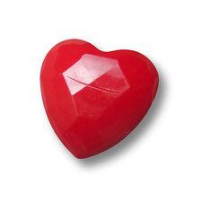 10 günstige rote Kunststoff Knöpfe in Herz Form / B-WARE (1232ro-14x15)