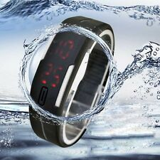 Ultra Fine Hommes Fille Sports Silicone Digital LED Montre Sport Hoc