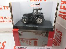 Universal Hobbies UH4952 Case IH Maxxum MX135 Tractor Black Beauty 1:32 Replica