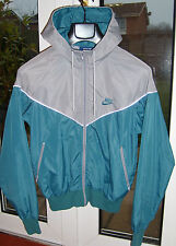Vintage Nike Windrunner Rare -  US Blue Label Silver/Teal Nylon Jacket - Size S