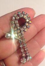 broche ancienne couleur argent pampille tout de cristaux diamant boréalis  2024
