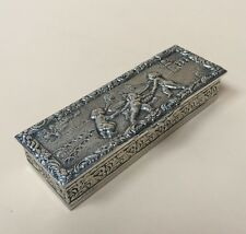 LOVELY SOLID SILVER CONTINENTAL SNUFF BOX, C1900 79.1g / 2.79oz