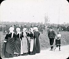 VANNES c. 1910 - Fête Jeunes Femmes de Baud - Bretagne Positif Verre 10 x 8 - 12