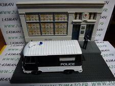 Voiture + diorama 1/43 IXO : TEST métiers de france : Peugeot J7 police