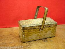 Jolie ancienne boîte en forme de panier, Desserts Jh SCAPINI, A. GUINOT