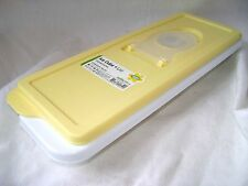 NEW EASY FILL ICE CUBE BOX TRAY WITH LID NO SPILL! PASTEL YELLOW