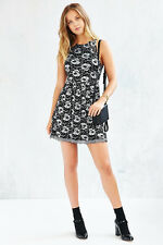 Urban Outfitters Kimchi Blue Women's Black Lace silver Floral Lace Skater Dress