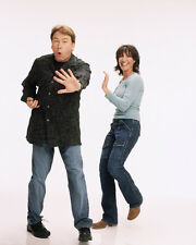 8 Simple Rules [Cast] (2093) 8x10 Photo