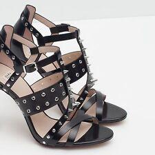 Sandalias Zara Con Tachas-Negro/UK 5