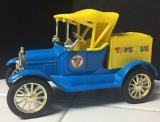 """Ertl 1918 Model T Ford  Runabout Limited Edition Toys """"R"""" Us Die Cast Bank"""