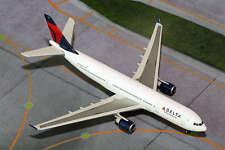 Gemini Jets Delta Air Lines A330-200 N858NW 1:400 Diecast