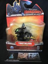 Toothless begging sitting up How to Train Your Dragon Mini  figure